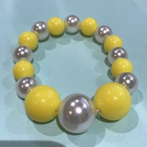 3/$25 yellow & white pearl beaded elastic bracelet